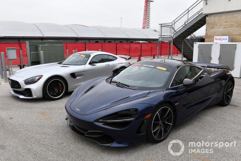 Les voitures du Pirelli Hot Lap
