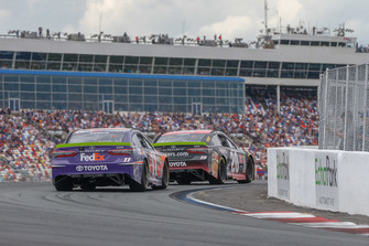 Denny Hamlin, Joe Gibbs Racing, Toyota Camry FedEx Freight, Erik Jones, Joe Gibbs Racing, Toyota Camry Reser's