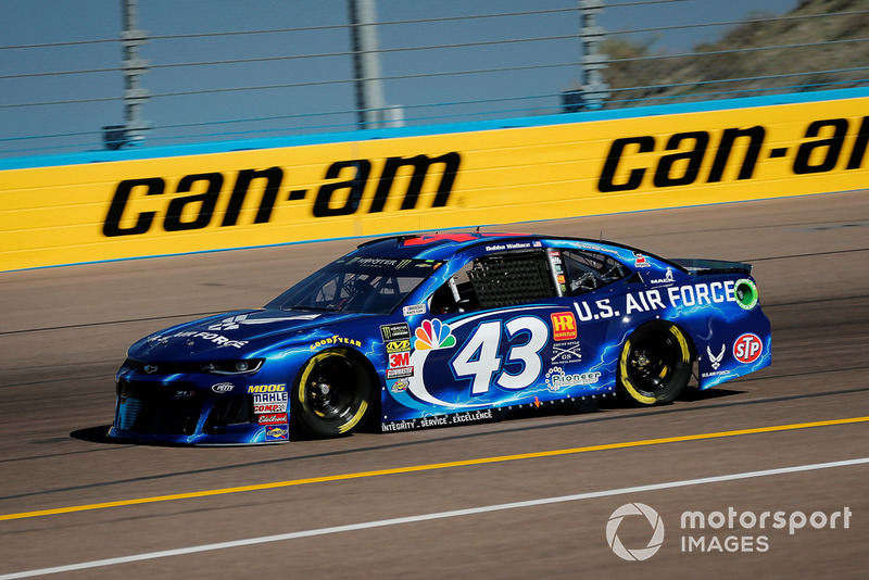 30. Darrell Wallace Jr., Richard Petty Motorsports, Chevrolet Camaro U.S. Air Force