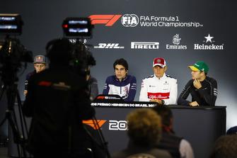 Brendon Hartley, Toro Rosso, Lance Stroll, Williams Racing, Marcus Ericsson, Sauber, y Stoffel Vandoorne, McLaren, en la conferencia de prensa