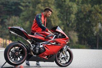 Lewis Hamilton, MV Agusta F4 LH 44