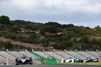 Sébastien Buemi, Nissan e.Dams, Nissan IMO1, Tom Dillmann, NIO Formula E Team, NIO Sport 004, Oliver Rowland, Nissan e.Dams, Nissan IMO1