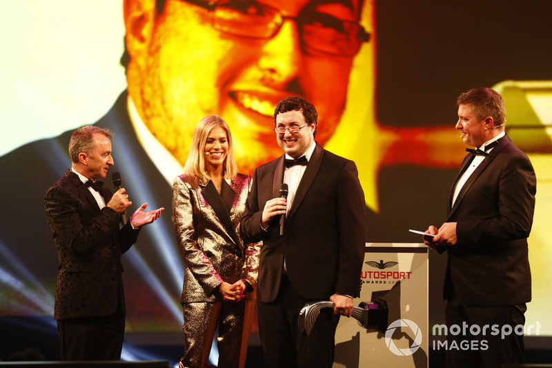 Paddy Lowe presents the Autosport Williams Engineer of the Future Award to Owen Heaney