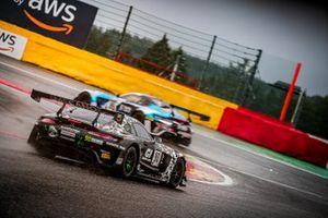 #90 Madpanda Motorsport Mercedes-AMG GT3: Ricardo Sanchez, Ezequiel Perez Companc, Patrick Kujala, Rik Breukers