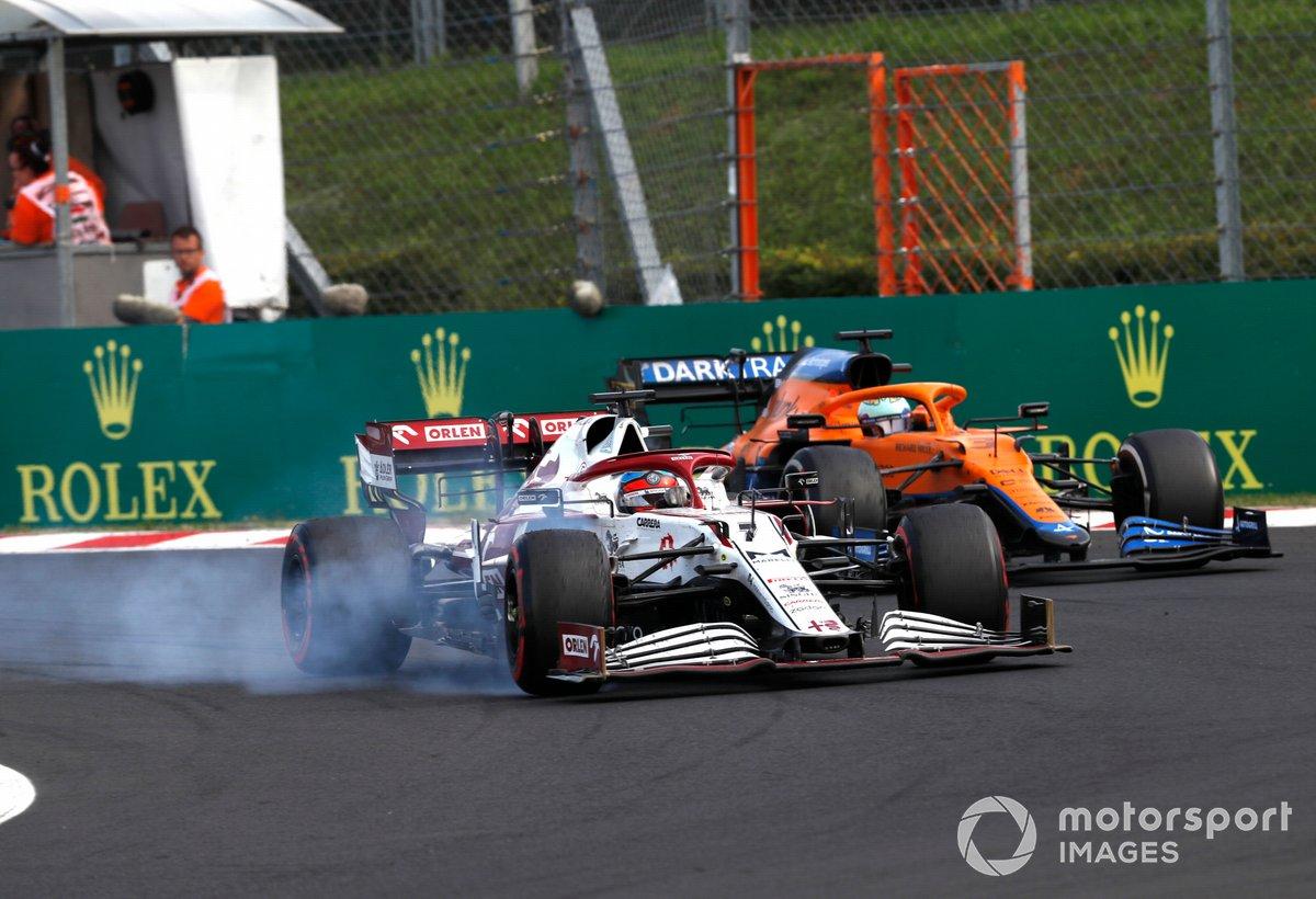 Kimi Raikkonen, Alfa Romeo Racing C41, Daniel Ricciardo, McLaren MCL35M