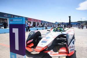 Race winner Lucas Di Grassi, Audi Sport ABT Schaeffler, Audi e-tron FE07, in Parc Ferme