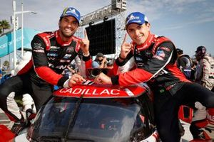 Podio: #31: Whelen Engineering Racing Cadillac DPi, DPi: Felipe Nasr, Pipo Derani, sticker