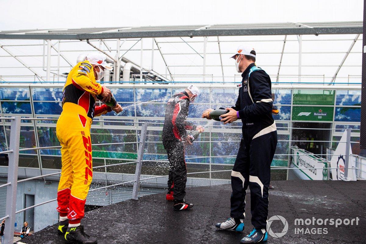 Franco Girolami, PSS Racing Team, Tom Coronel, Comtoyou Racing, Mikel Azcona, Volcano Motorsport