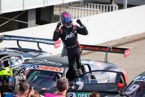Race winner Kelvin van der Linde, Abt Sportsline