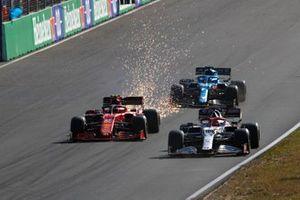 Robert Kubica, Alfa Romeo Racing C41, Carlos Sainz Jr., Ferrari SF21, and Fernando Alonso, Alpine A521