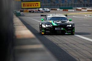 #10 Schubert Motorsport BMW M6 GT3: Nick Yelloly, Jesse Krohn