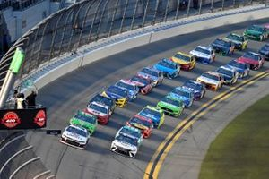 William Byron, Hendrick Motorsports, Chevrolet Camaro Liberty University, Denny Hamlin, Joe Gibbs Racing, Toyota Camry FedEx Shaping Black Futures