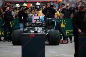 Valtteri Bottas, Mercedes, 1st position, arrives in Parc Ferme