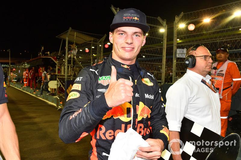 """Max Verstappen: """"Essa corrida é melhor para nós do que Monza, por exemplo. Acho que maximizamos o resultado com os problemas que tivemos com o motor, o que foi uma pena, porque fiquei muito feliz com o safety car ter ido embora, já que eu estava quase empacando na pista e por isso mesmo o meu pits top não foi excelente."""""""