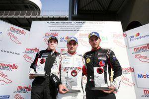Podio Gara 1: il secondo classificato Luca Segù, Ghinzani Arco Motorsport, il vincitore della gara Simone Iaquinta, Ombra Racing, il terzo classificato Gianmarco Quaresmini, Dinamic Motorsport