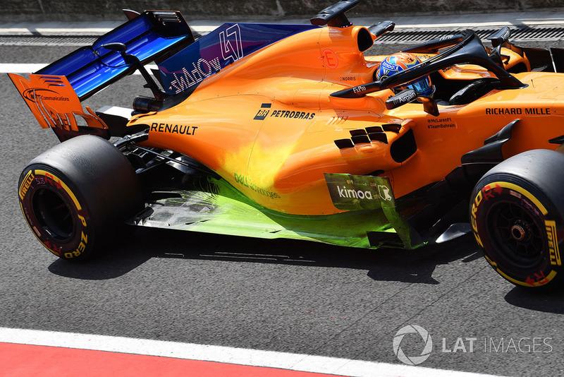 Lando Norris, McLaren MCL33, con parafina en los pontones y el fondo plano