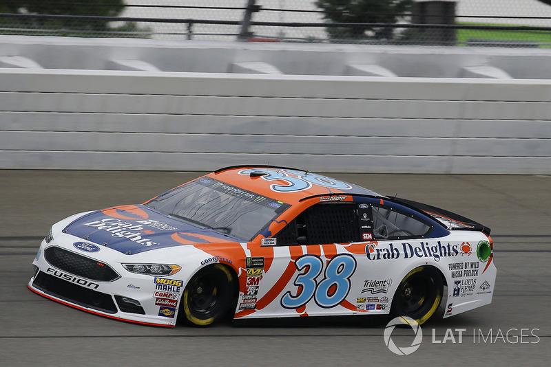 24. David Ragan, Front Row Motorsports, Ford Fusion Louis Kemp Crab Delights
