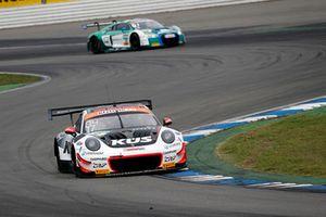 #17 KÜS Team75 Bernhard Porsche 911 GT3 R: Timo Bernhard, Kévin Estre