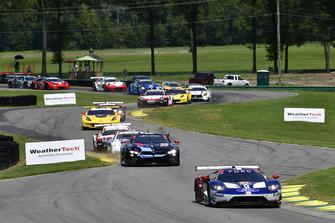 #67 Chip Ganassi Racing Ford GT, GTLM - Ryan Briscoe, Richard Westbrook, #24 BMW Team RLL BMW M8 GTLM - John Edwards, Jesse Krohn, partenza