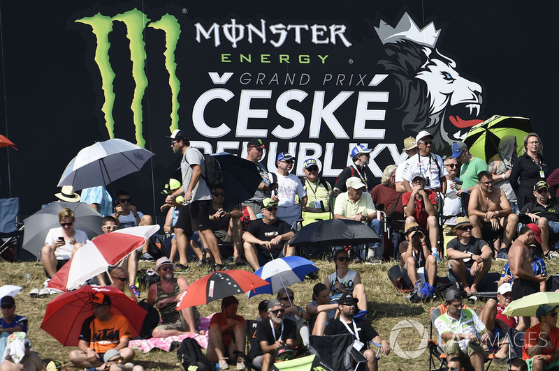Aficionados en Brno