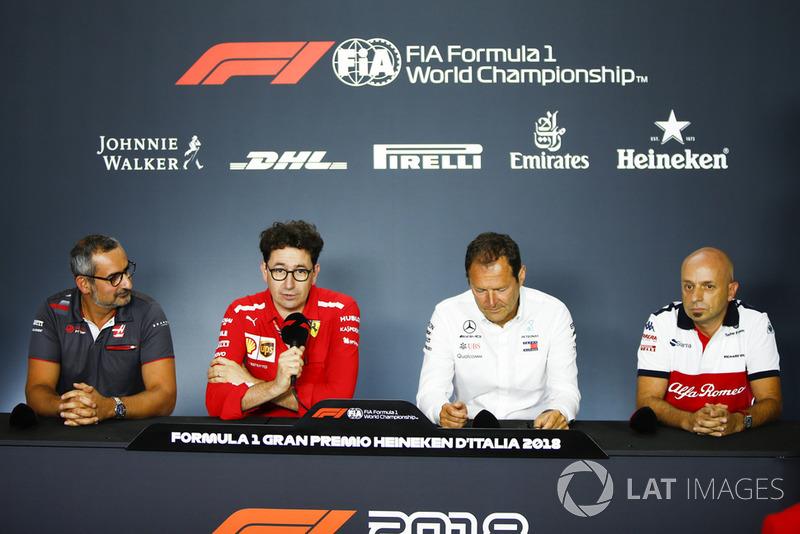 Ben Agathangelou, Haas F1, Mattia Binotto, , Ferrari, Aldo Costa, Mercedes AMG, ve Simone Resta, Sauber