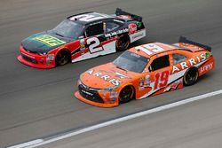 Austin Dillon, Richard Childress Racing Chevrolet, Daniel Suarez, Joe Gibbs Racing Toyota