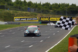 Mato Homola, Seat Leon B3 Racing Ungheria se lleva el triunfo