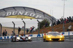 #63 Corvette Racing, Chevrolet Corvette C7-R: Jan Magnussen, Antonio Garcia, RickyTaylor; #84 SRT41