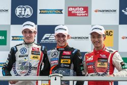 podium, rookies, Joel Eriksson, Motopark Dallara F312 - Volkswagen, Anthoine Hubert, Van Amersfoort Racing Dallara F312 - Mercedes-Benz, Guanyu Zhou, Motopark Dallara F312 - Volkswagen