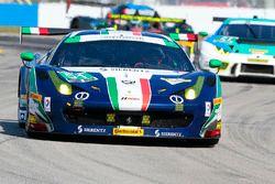 #51 Spirit of Race Ferrari 458: Peter Mann, Raffaele Giammaria, Matteo Cressoni