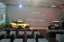 Le vetture esposte prima della conferenza stampa