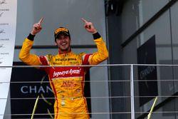 Yarış galibi Antonio Giovinazzi, PREMA Racing