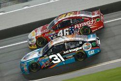 Ryan Newman, Richard Childress Racing Chevrolet, Michael Annett, HScott Motorsports Chevrolet