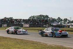 Nazareno Lopez driving Esteban Gini, Nero53 Racing Torino y Emmanuel Alifraco driving Diego de Carlo