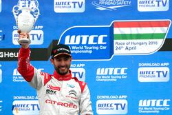 Podium: Winner José María López, Citroën World Touring Car Team, Citroën C-Elysée WTCC