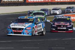 Scott McLaughlin, Garry Rogers Motorsport, Volvo, in Führung
