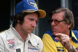 Dale Earnhardt, Bud Moore Engineering, mit Bud Moore