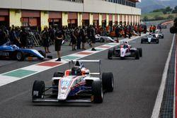 Joao Ricardo Vieira Queiroz, Antonelli Motorsport en el pit lane