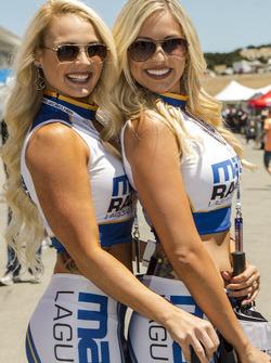 Чарівні дівчата Mazda Raceway