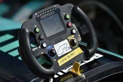 Руль гоночного автомобиля серии Indy Lights
