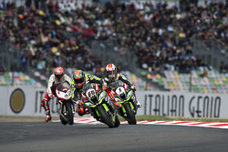 Tom Sykes, Kawasaki Racing; Jonathan Rea, Kawasaki Racing