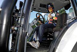 Sébastien Ogier, Volkswagen Motorsport with a competition tractor