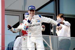 Yarış galibi #1 BMW Team Teo Martin, BMW M6 GT3: Pieter Schothorst