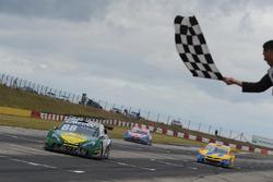 Felipe Fraga takes the checkered flag