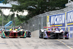 Хосе-Мария Лопес, DS Virgin Racing; Даниэль Абт, ABT Schaeffler Audi Sport