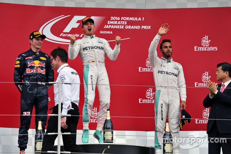 The podium (L to R): Max Verstappen, Red Bull Racing, second; Nico Rosberg, Mercedes AMG F1, race winner; Lewis Hamilton, Mercedes AMG F1, third