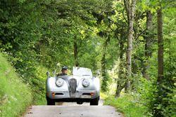 Mario Illien ve Daniel Mauerhofer, Jaguar XK 120 Bj. 1951