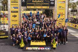 Sébastien Ogier, Julien Ingrassia, Volkswagen Polo WRC, Volkswagen Motorsport viert met het team