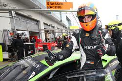 Pole position para #19 GRT Grasser Racing Team, Lamborghini Huracan GT3: Luca Stolz