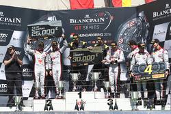 Podium: Sieger Dominik Baumann, Maximilian Buhk, Team HTP Motorsport; 2. Frederic Vervisch, Laurens